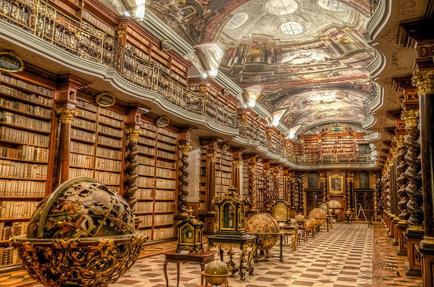the-klementinum-national-library-czech-republic